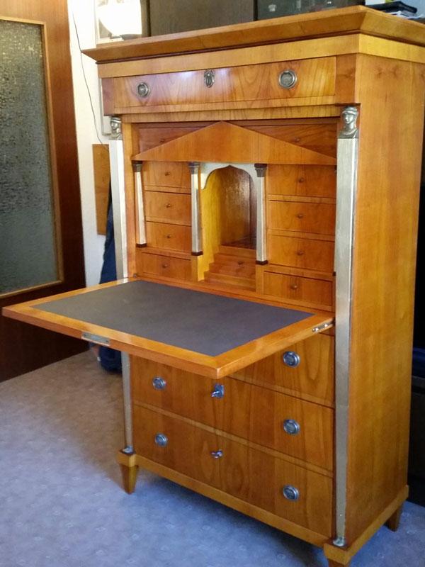 Antiker Möbelbau 03
